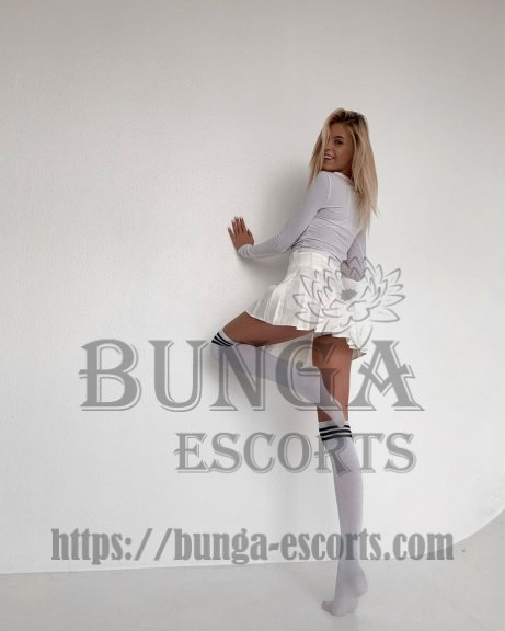 paris luxury escorts, VIP Escort à Paris, VIP escort agency in Paris, escorte vip à paris, Elite companion in Paris