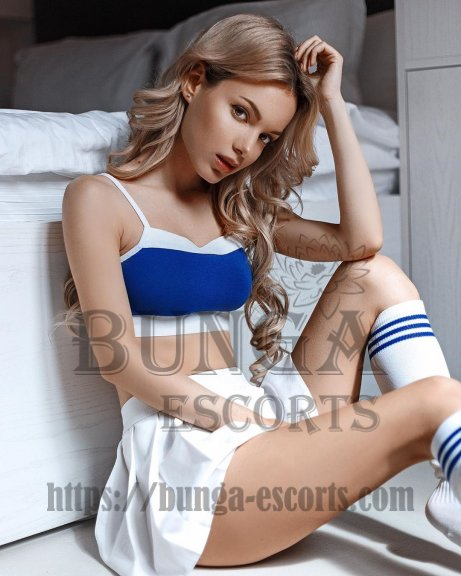 deluxe escorts paris, escortes paris, high class escorts in paris, paris model escorts, vip escort paris