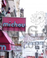 Paris escort Chez Michou Cabaret photo