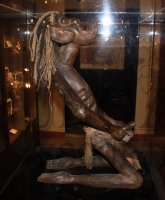 Paris escort Museum of Eroticism photo